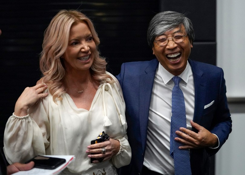 Patrick Soon-Shiong and Jeanie Bus